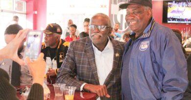 Sandtown Pub Hosts Inaugural WAOK Veterans Day Breakfast